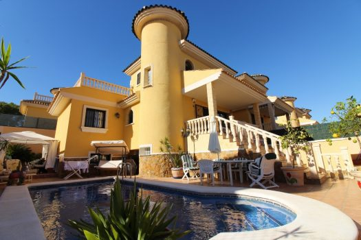 Villamartin Villas for sale